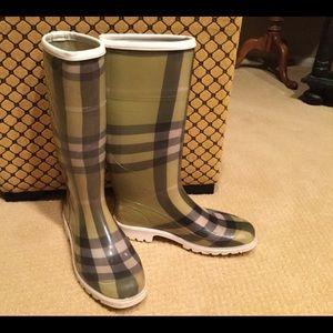 Burberry Green Nova Check Rain Boots size 37